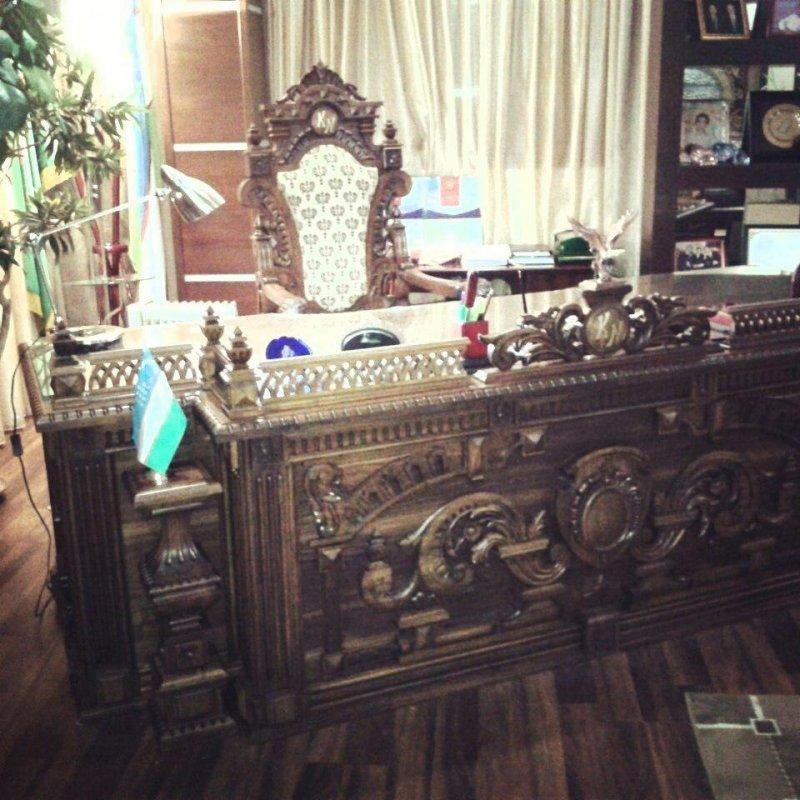 Офисный стол вид 1