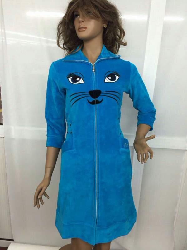 Женский халат голубого цвета