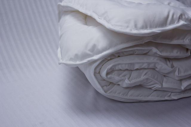 Детское одеяло синтепоновое 120x145