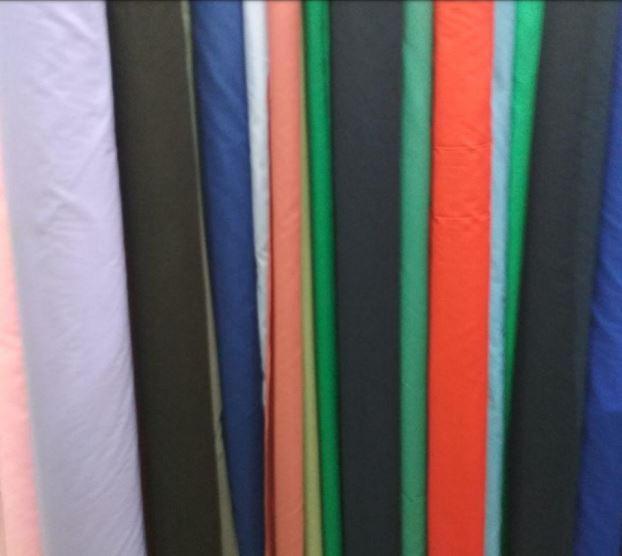 Ткань для текстиля в красных тонах