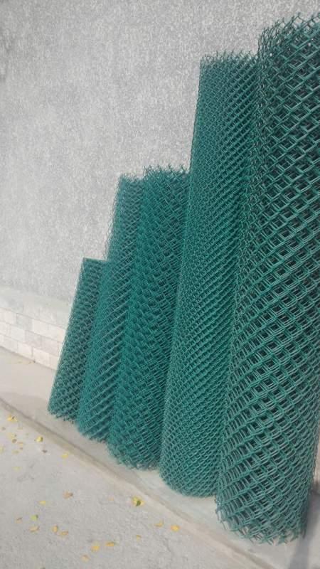 Сетка металлическая рабица в покрытии
