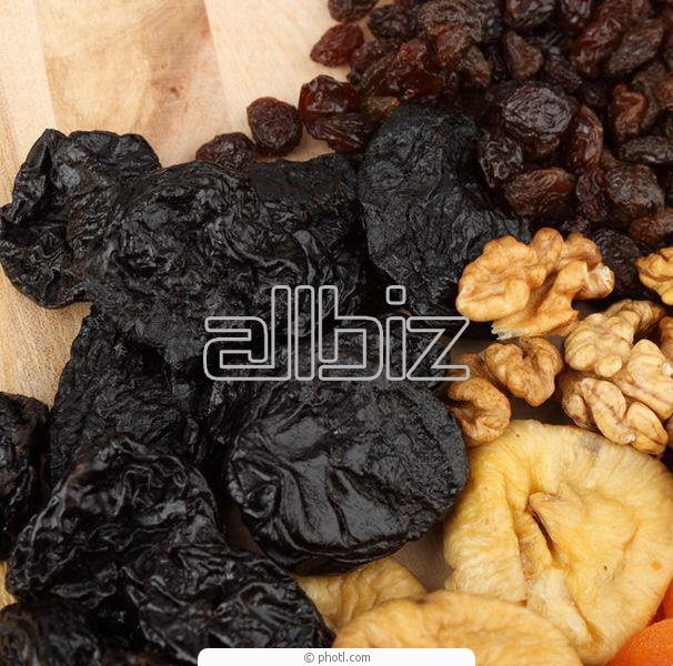Agriculture. Fruit and vegetable cultures. Fruit dried. Prunes.