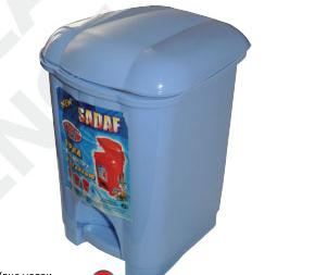 Урны для мусора пластмассовые