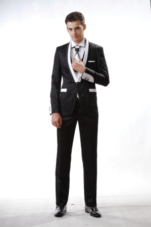 Вечерний мужской костюм