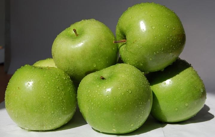 Пирог с яблоками: диетический рецепт - tochkanet