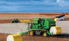 Clutches gears for agricultural machinery