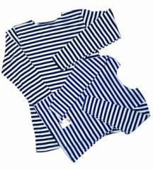 قمصان داخلية مخططة تلبسها البحارة للأطفال