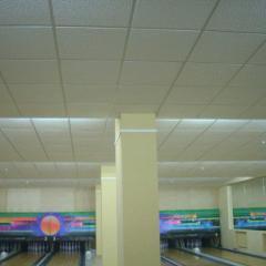 Потолочная плита Армстронг для развлекательных центров