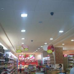 Потолок гипсовый Армстронг для магазинов