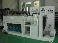Extruder on production of plastic pipes GVS and HVS D16-32