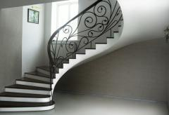 Monolithic spiral staircases