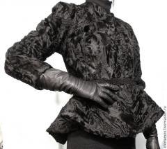 Пальто меховые