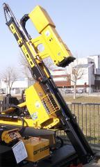 Самоходная сваебойная машина для монтажа ограждений ВТР BASIC (сваебойная установка)
