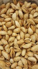 Орехи неочищенные миндаль Ташбадам