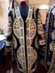 Чапан. Мужская Золотошвейная одежда(Formal Gold Embroidery Chapan. Traditional Man's clothing).