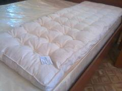 Mattress wadded, blanket and pillows