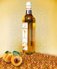 Oil of apricot stones