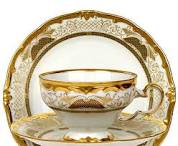 Чашки с блюдцами фарфоровые