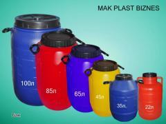 Баки пластмассовые разных цветов