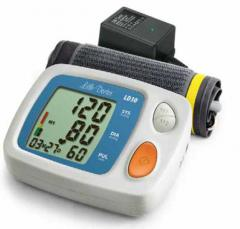 Automatic tonometer of LD30. The big display, the