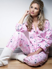Pajamas are female