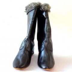 Leather socks (makhs)