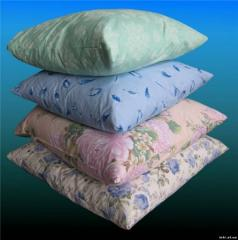 Pillows from PET fiber and synthetic fibers