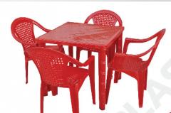 Столы из пластмассы цветные