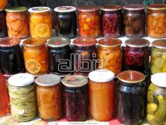 Fruit and vegetables tinned