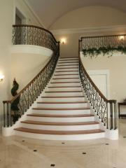 Monolithic spiral staircases in Tashken
