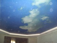 Натяжной потолок фигурный, фотопечать небо