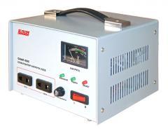 Voltage stabilizers of alternating curren