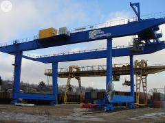 Cranes are container