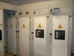 Switchboards of unilateral service of the ShchO-85