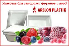 Packing of berries and fruit for a freezing