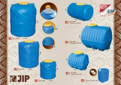 Tanks, barrels, canisters from plastic