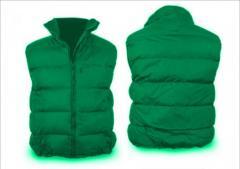El chaleco uteplennyy verde
