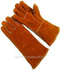 Gaiters are leather spilkovy five-fingered