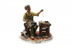 Porcelain Figurine Shoemaker Article 64