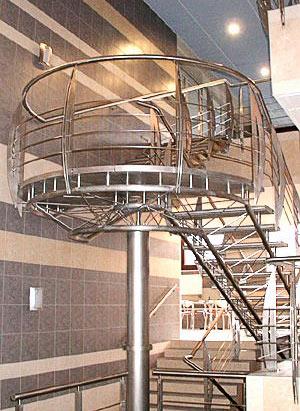 Заказать Изготовление лестниц из нержавеющей стали