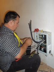 Электрик: 940-90-48 электромонтаж квартир, домов,