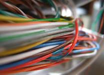Услуги организаций-операторов связи,