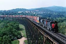 Железнодорожные перевозки сборных грузов