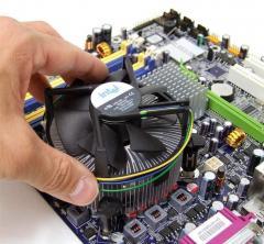 Ремонт и тестирование электронной компьютерной