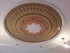 Фотопечать на натяжном потолке орнамент круглый