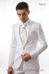 Tailoring of a men's wedding sui