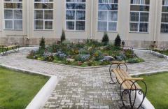 Прокладка садовых дорожек и площадок